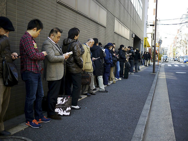Queue for more than an hour for the best Ramen in Japan